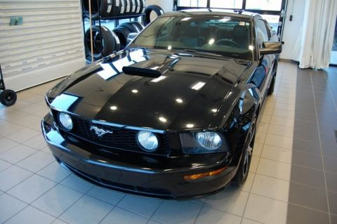 Pre-Owned 2007 Ford Mustang GT Premium